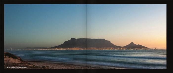 Tafelberg und Kapstadt bei Sonnenuntergang